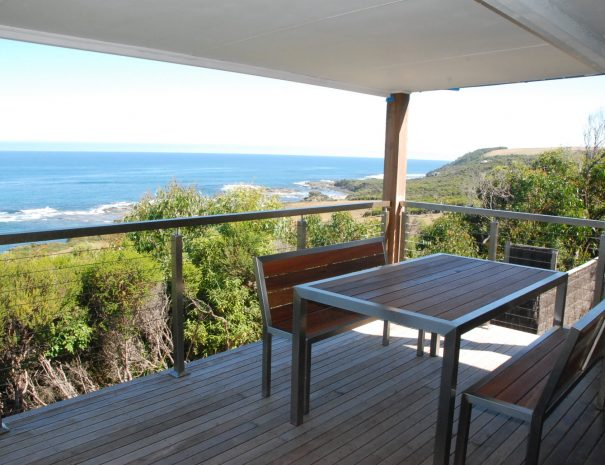 3.Reef Cottage deck with view FW