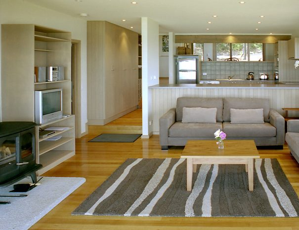 Seanook Living Room & Kitchen